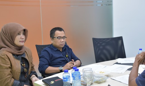 (Indonesia) Tingkatkan Performa Pelayanan, FIA UI Adakan Evaluasi Kinerja Staf